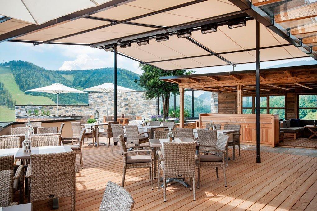 Almwellness Pierer neue Terrasse